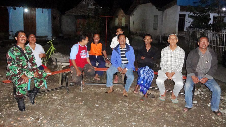 Lurah bersama Kasi Trantib Kelurahan Josenan Monitoring Wilayah