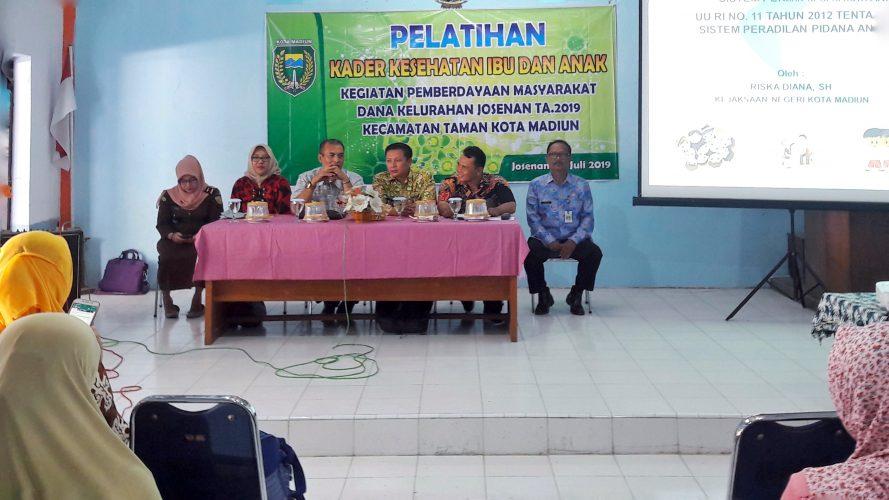 Pelatihan Kader Kesehatan Ibu dan Anak Kegiatan Pemberdayaan Masyarakat Dana Kelurahan Josenan Tahun Anggaran 2019